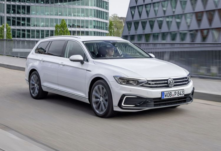 Volkswagen Passat GTE hybrid plug-in