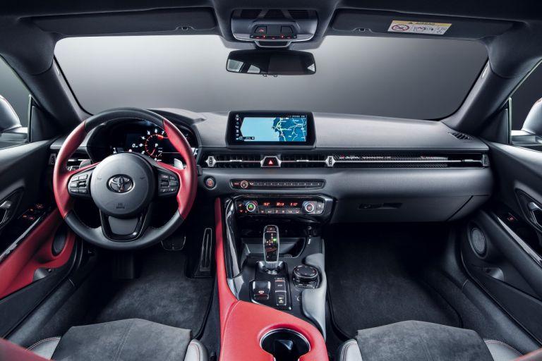 Toyota GR Supra kokpit
