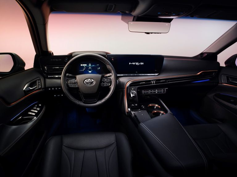Toyota Mirai wnętrze
